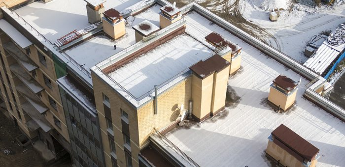 snow-on-flat-rooftop